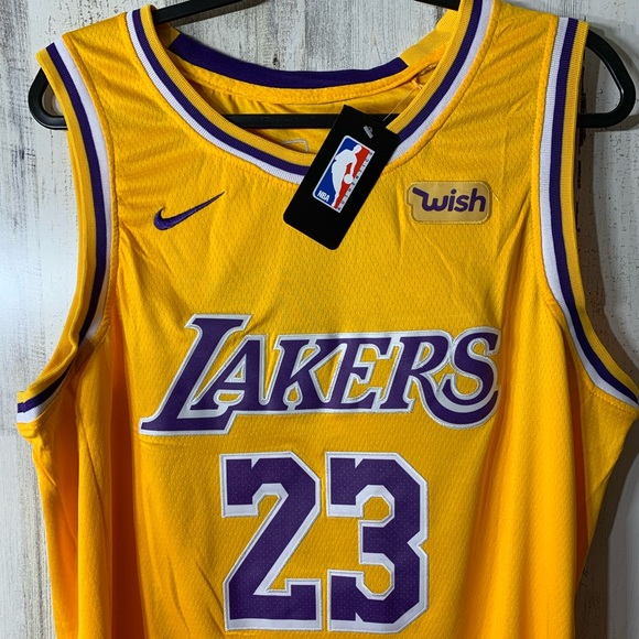 new concept fda24 02610 Lebron Lakers Jersey NWT
